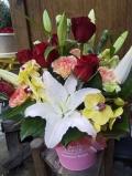 母の日アレンジ  ユリ入り豪華版!送料込み7700円☆お花はおまかせください