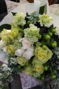 完全予約制☆結婚祝い・ホワイトデーなどにおすすめ!白&グリーン系花束