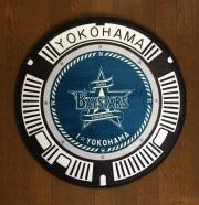 ご当地マンホールインテリアマット 横浜DeNAベイスターズ×横浜市