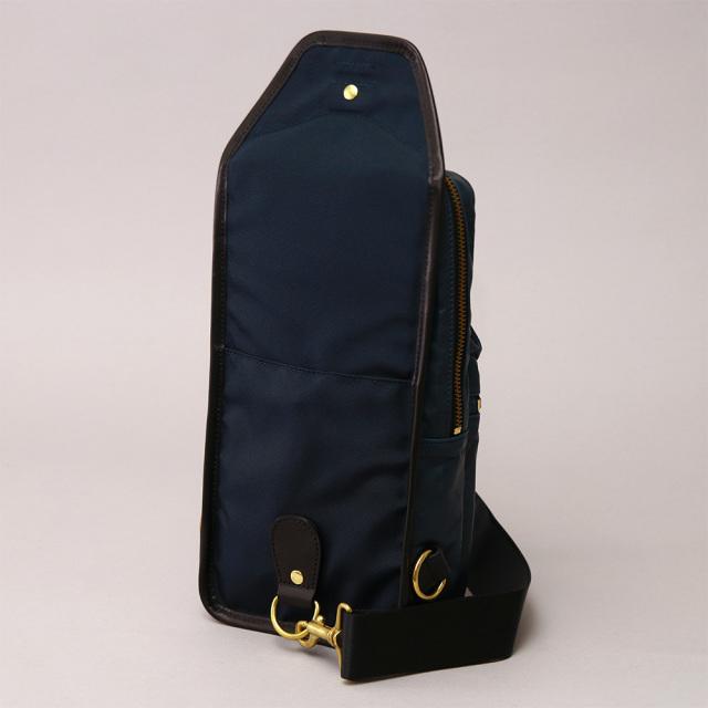馬革 ホースレザー ナイロン ボディーバッグ 2way 左右両掛け対応 ショルダーバッグ