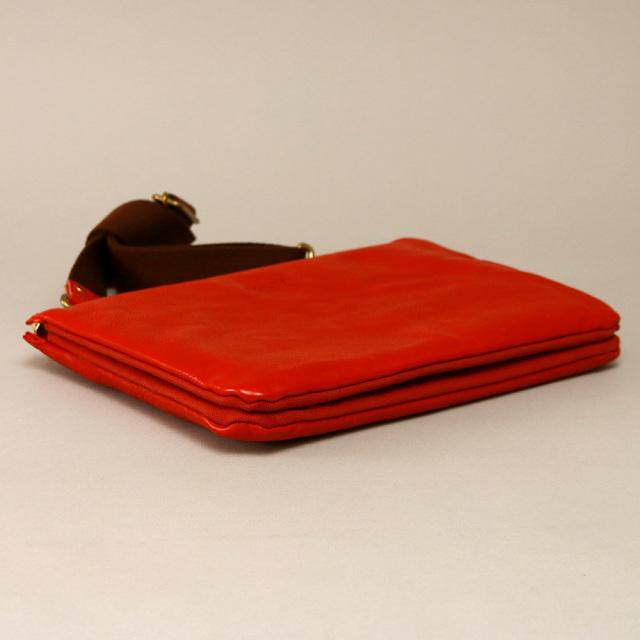 クラッチバッグ セカンドバッグ 革 レザー ボディバッグ ipad タブレッド 10インチ