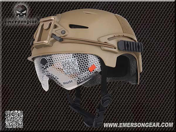 EXF BUMP スタイル シールド付 ヘルメット レプリカ (NVGマウント&サイド20mmレイル装備) DE(ダークアース) / EM8981A