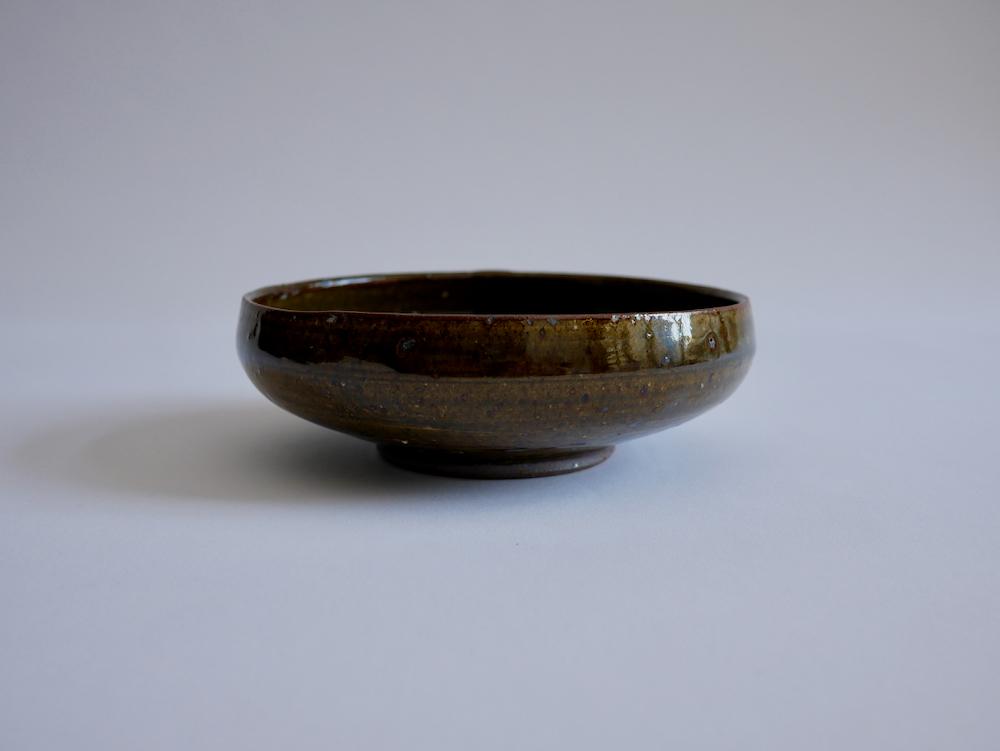 北岡幸士 灰鉄釉平鉢5寸