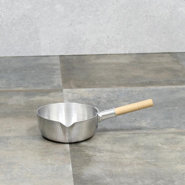 雪平鍋カラス口