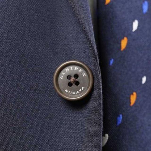 スーツボタン