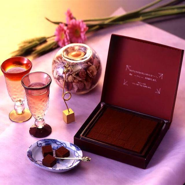 バレンタインチョコ人気 なめらかチョコ 神戸クリュ 30個入 《義理チョコ・友チョコ》