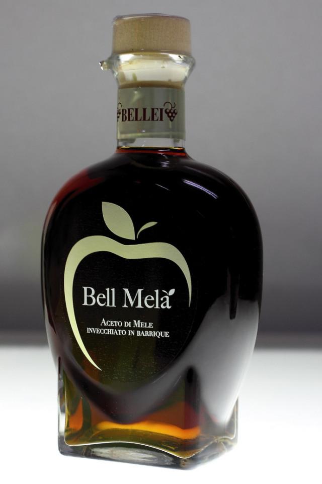 アップルビネガー (リンゴ酢) ベレイ社 イタリア産 (Italian apple vinegar by Bellei) 商品
