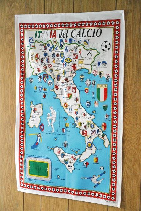 イタリア サッカーチーム タペストリー 商品
