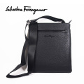 NEW!12/25入荷2021春夏モデル[フェラガモ]FERRAGAMO ショルダーバッグ(ブラック) FG-213