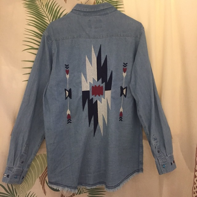オルテガ刺繍メンズデニムシャツ/M.L/BL