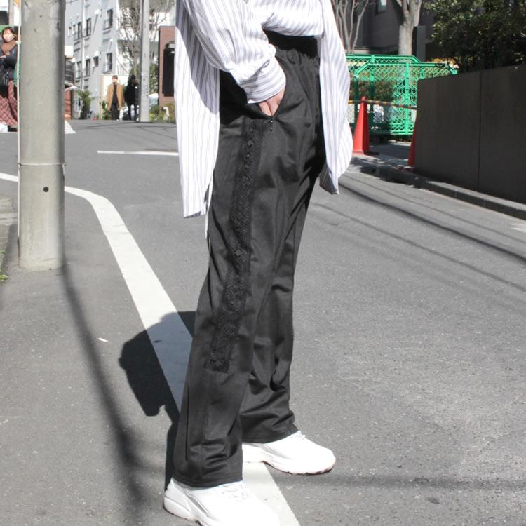 【新着】Cuirs(キュイー)メンズパンツ オリジナルサイドレーステープフレアパンツ新作デザイン