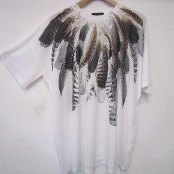 【新着】Cuirs(キュイー)メンズTシャツ オリジナルサラサラフェザープリントTシャツ新作デザイン