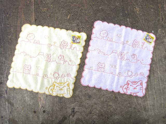 刺繍ハンカチタオル 招き猫