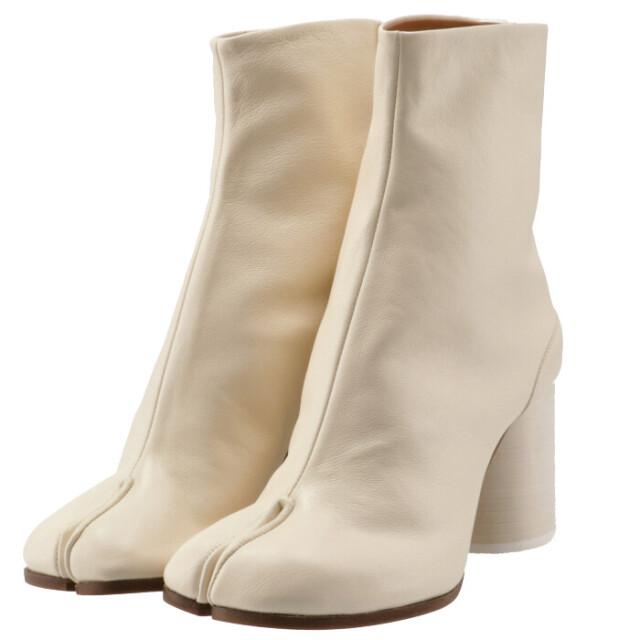 メゾン マルジェラ MAISON MARGIELA 2021年秋冬新作 Tabi タビブーツ 足袋ブーツ レザーブーツ レディース 靴 ホワイト系 S58WU0260 P3753 T1003