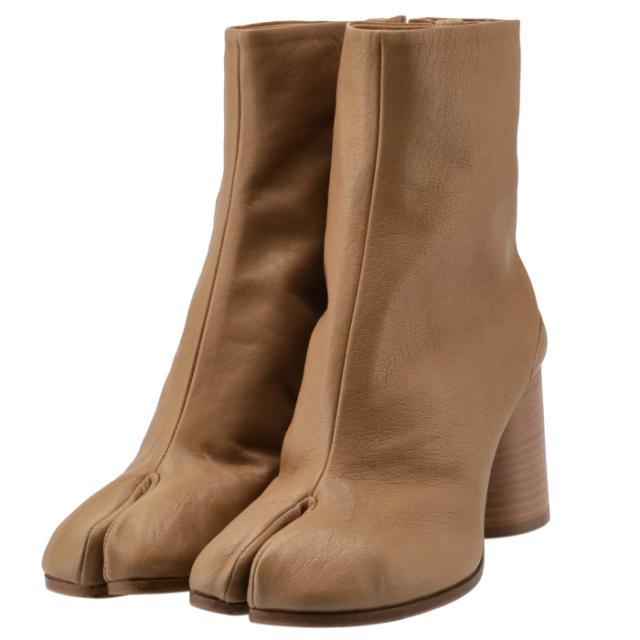 メゾン マルジェラ MAISON MARGIELA 2021年秋冬新作 Tabi タビブーツ 足袋ブーツ レザーブーツ レディース 靴 ベージュ系 S58WU0260 P3753 T4091