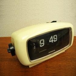 レトロなパタパタ時計HITACHI