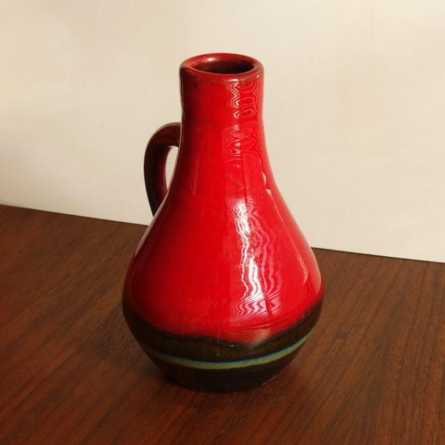 アンティークの持ち手付き花瓶
