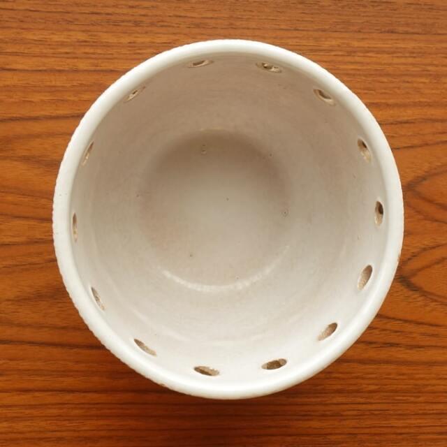 可愛い陶器プラントポット