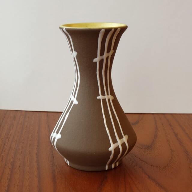 ヴィンテージの一輪挿し花瓶