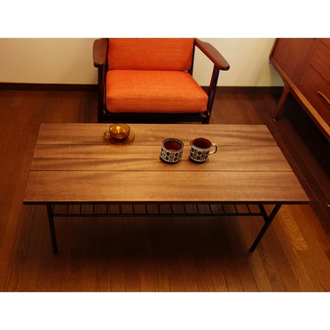 無垢材とアイアンのコーヒーテーブル