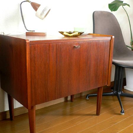 ft0175 北欧の木製ミニキャビネット *amber design*北欧中古家具やビンテージ雑貨等のインテリア通販