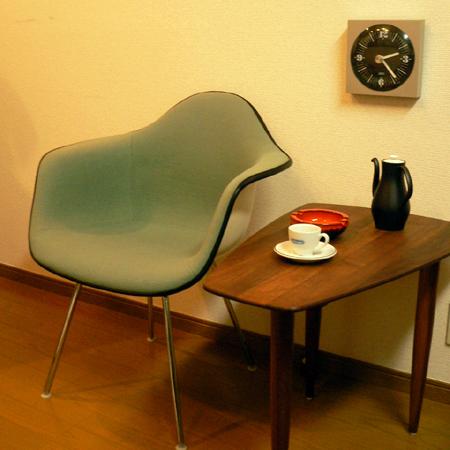 ft0204イームズEamesアームシェルチェアHベース付 ハーマンミラー製*amber design*北欧家具やビンテージ雑貨等のインテリア通販