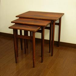 北欧のネストテーブル