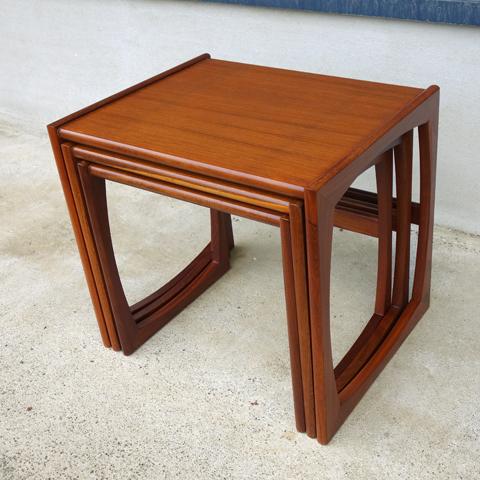 ヴィンテージ チーク ネストテーブル