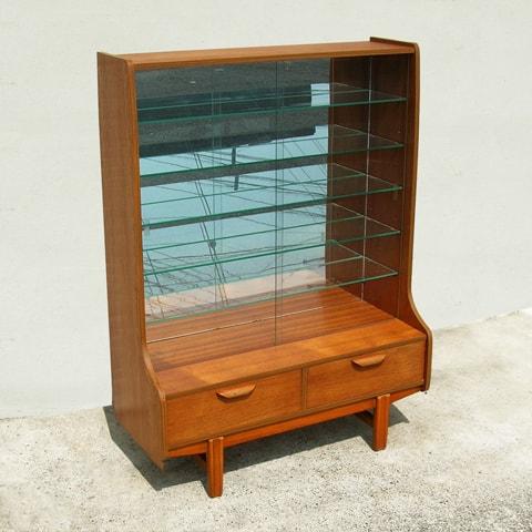 ガラスキャビネット ビンテージ家具