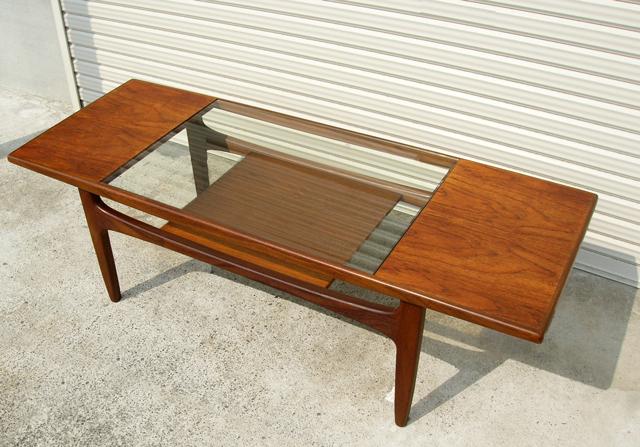 G-PLANガラストップテーブル