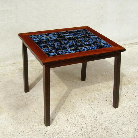 タイルテーブル北欧ビンテージ