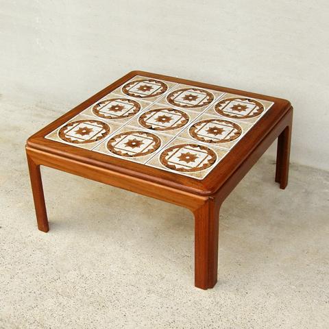 G-PLANタイル正方形コーヒーテーブル