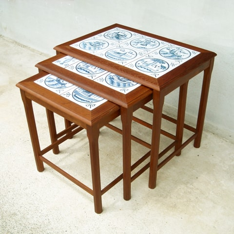 タイルネストテーブル北欧ビンテージ