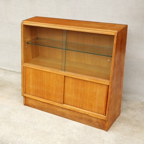 G-PLANガラス戸棚 ビンテージ家具