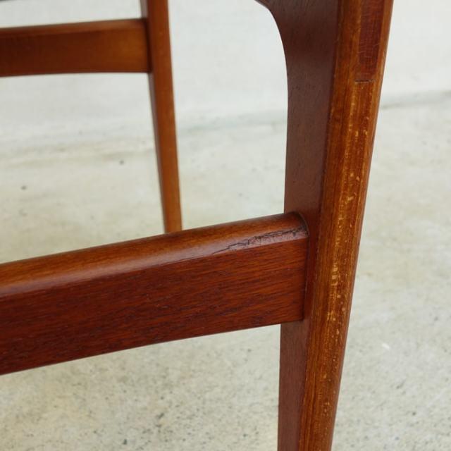 ヴィンテージ椅子 木製脚