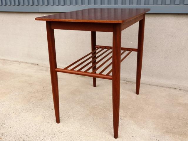 木製サイドテーブル ダークブラウン