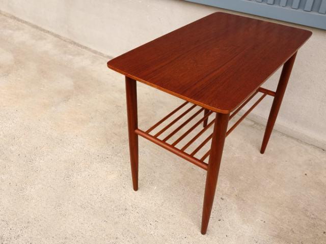 北欧サイドテーブル ユーズド家具