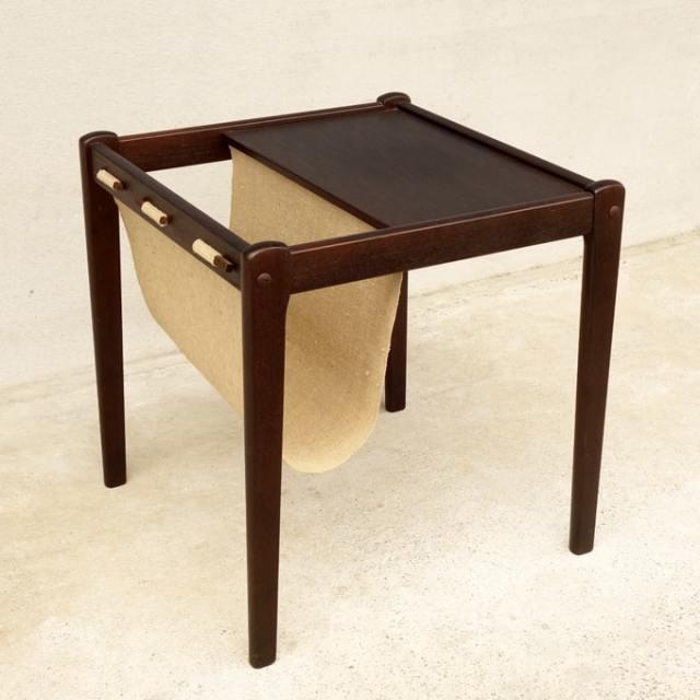 ビンテージ マガジンラック付きテーブル