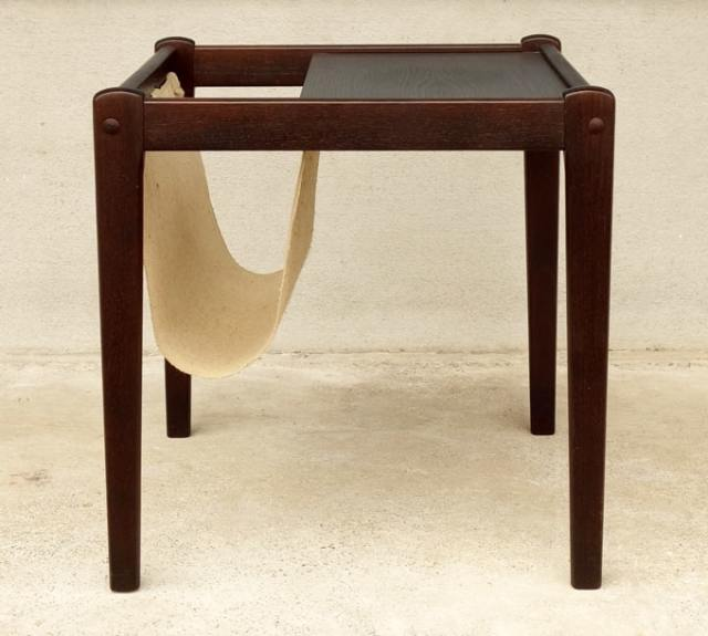 サイドテーブル マガジンラック付き