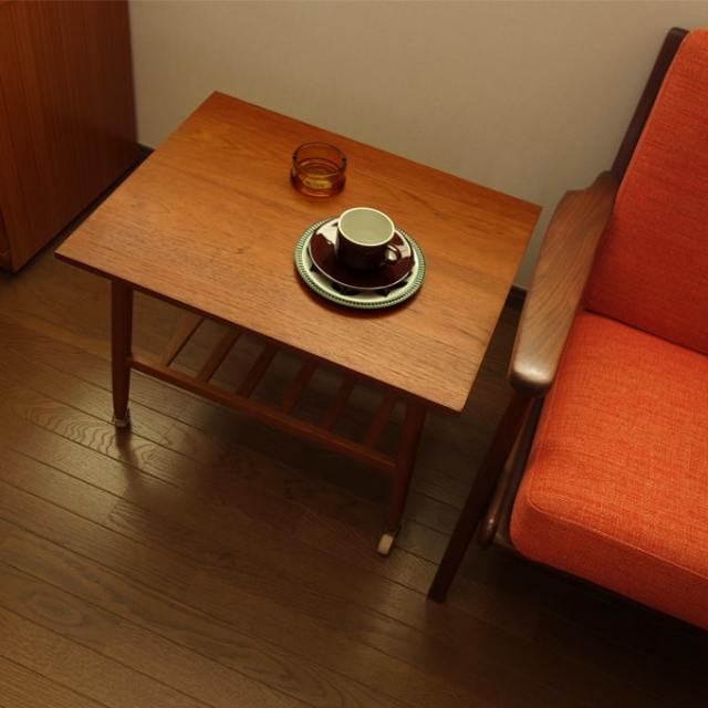 北欧ヴィンテージ木製サイドテーブル