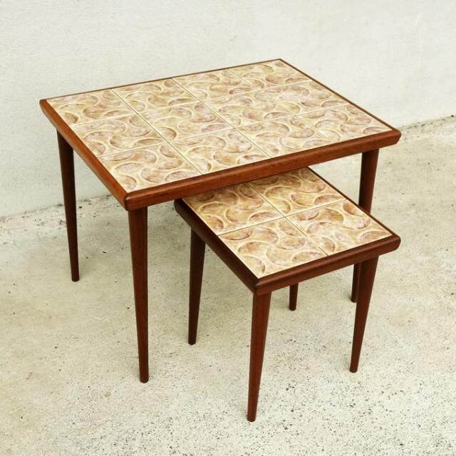 ビンテージのタイルテーブル2個セット