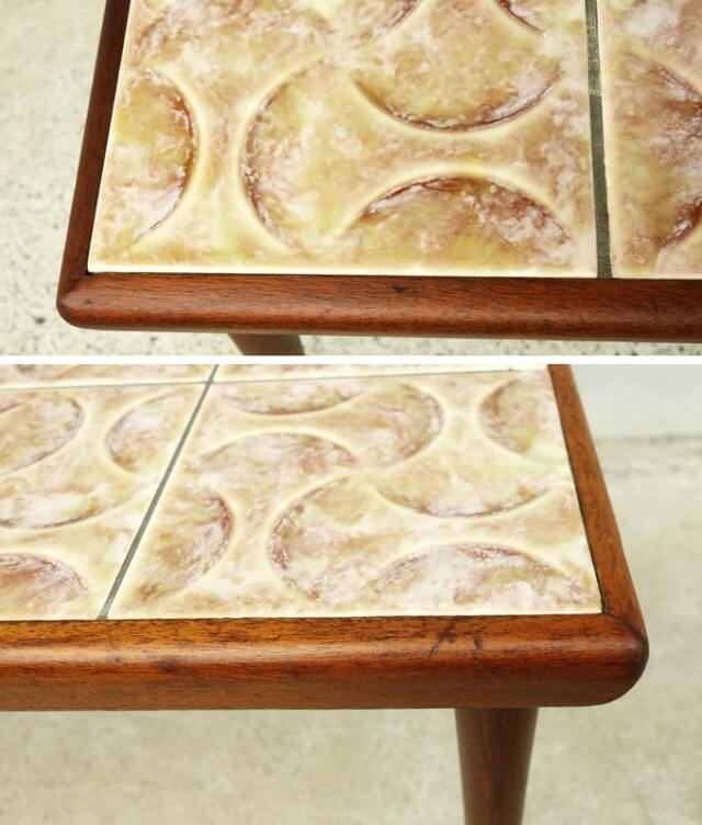 ヴィンテージのタイルテーブル淵