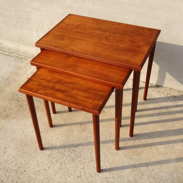 北欧ビンテージ木製ネストテーブル