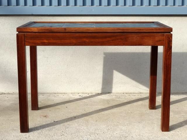 北欧のタイルトップサイドテーブル