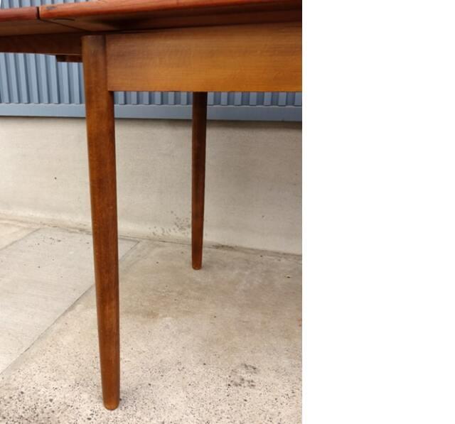 ヴィンテージダイニングテーブル脚