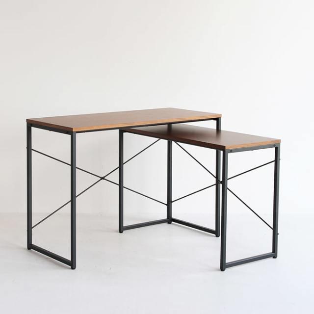 L字デスクにもなるネストテーブル