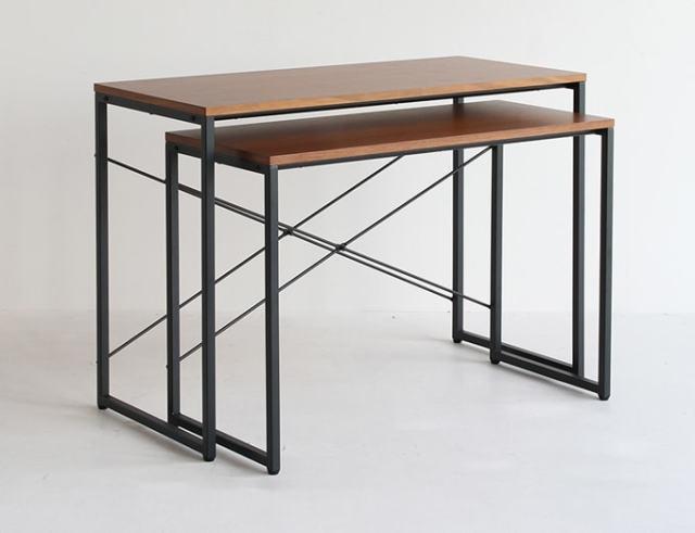 ウォルナットの大小2つのテーブルで1セット