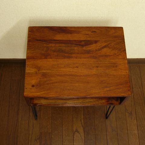 鉄脚テーブルのウッド天板