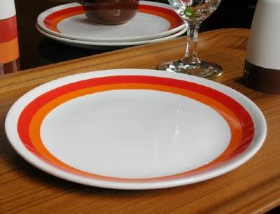 ビンテージ陶器皿 ボーダー柄