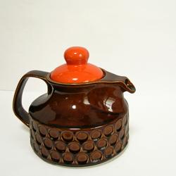 tw0291レトロなダークブラウンのテーポット*amber designビンテージ北欧中古家具アンティーク雑貨通販アンバーデザイン